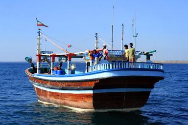 سفر شناورهای باری بوشهر به کشور امارات از سر گرفته شد