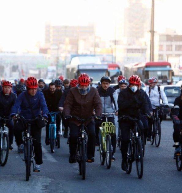 درخواست حناچی: دانشگاهیان به سهشنبهها بدون خودرو بپیوندند