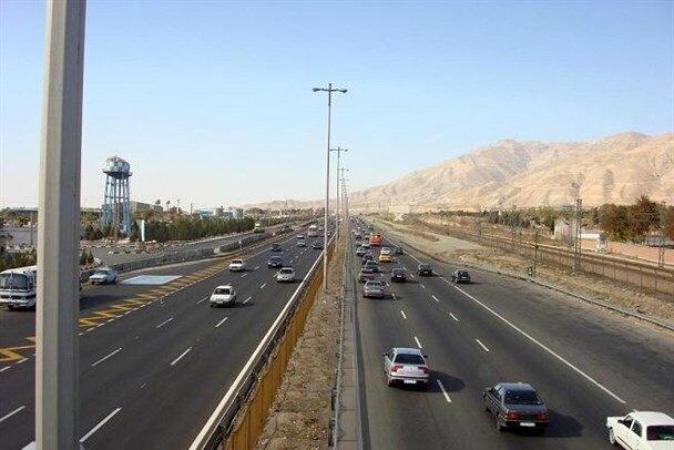 ترافیک روان در اکثر جادههای کشور