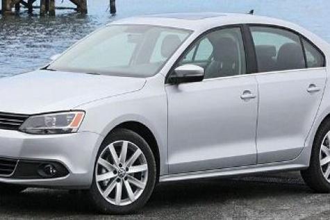 Volkswagen earmarks €۶.۵bn to settle US emissions tests scandal
