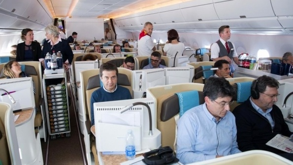 Airbus A350-1000 performs early long flight