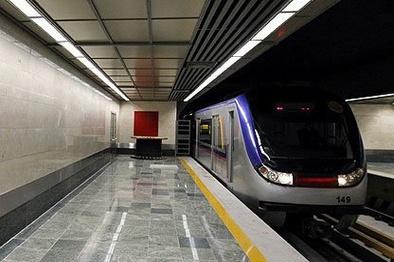 گفتگو با مترو طرحی برای دریافت نظرات مسافران متروی تهران