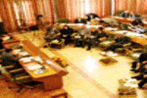 روزهای سخت شهرداری در سال ۹۴ / تصویب بودجه بر اساس اقتصاد مقاومتی
