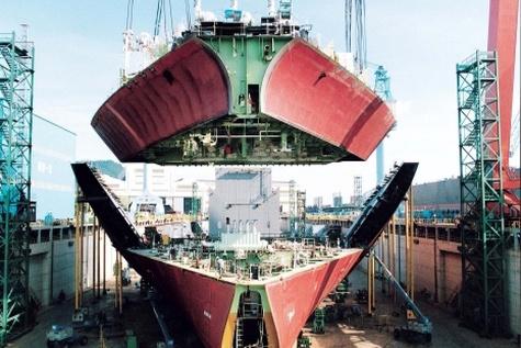 قدرت کشتی سازی آلمان در بازار ضعیف جهانی