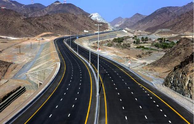 300 کیلومتر آزادراه در دست بهرهبرداری است