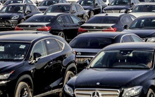 دولت ، طرح مجلس برای آزادکردن واردات خودرو را اجرا خواهد کرد؟
