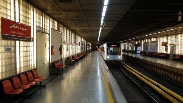 تقویت پوشش شبکهای خطوط همراه اول و ایرانسل در ایستگاههای مترو