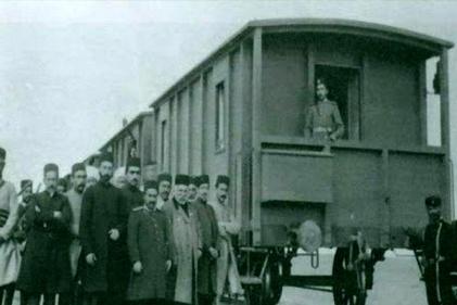 فیلم| افتتاح راهآهن تبریز-جلفا؛ 100 سال پیش با حضور ولیعهد قاجار