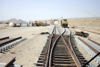 ساخت راهآهن یونسی - گناباد ۷۰ درصد پیشرفت کرده است