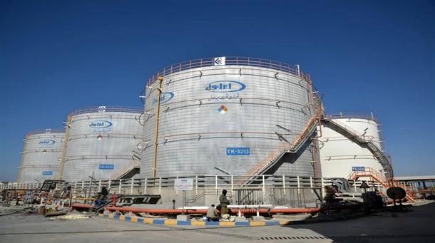 بهرهبرداری از مخازن نگهداری فرآوردههای نفتی سنگین در بندر امام