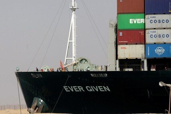 مصر کشتی مسدود کننده کانال سوئز را ۹۰۰ میلیون دلار جریمه کرد