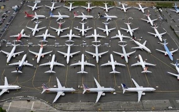 بیش از  13 هزار هواپیما در جهان زمینگیر شد