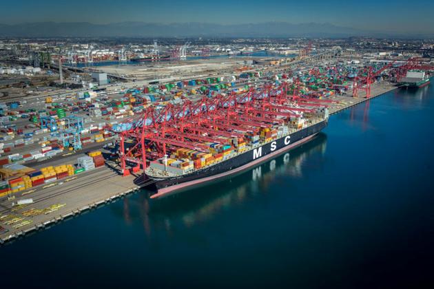 Port of Long Beach Crane Operators Set New Single-Shift Cargo Record