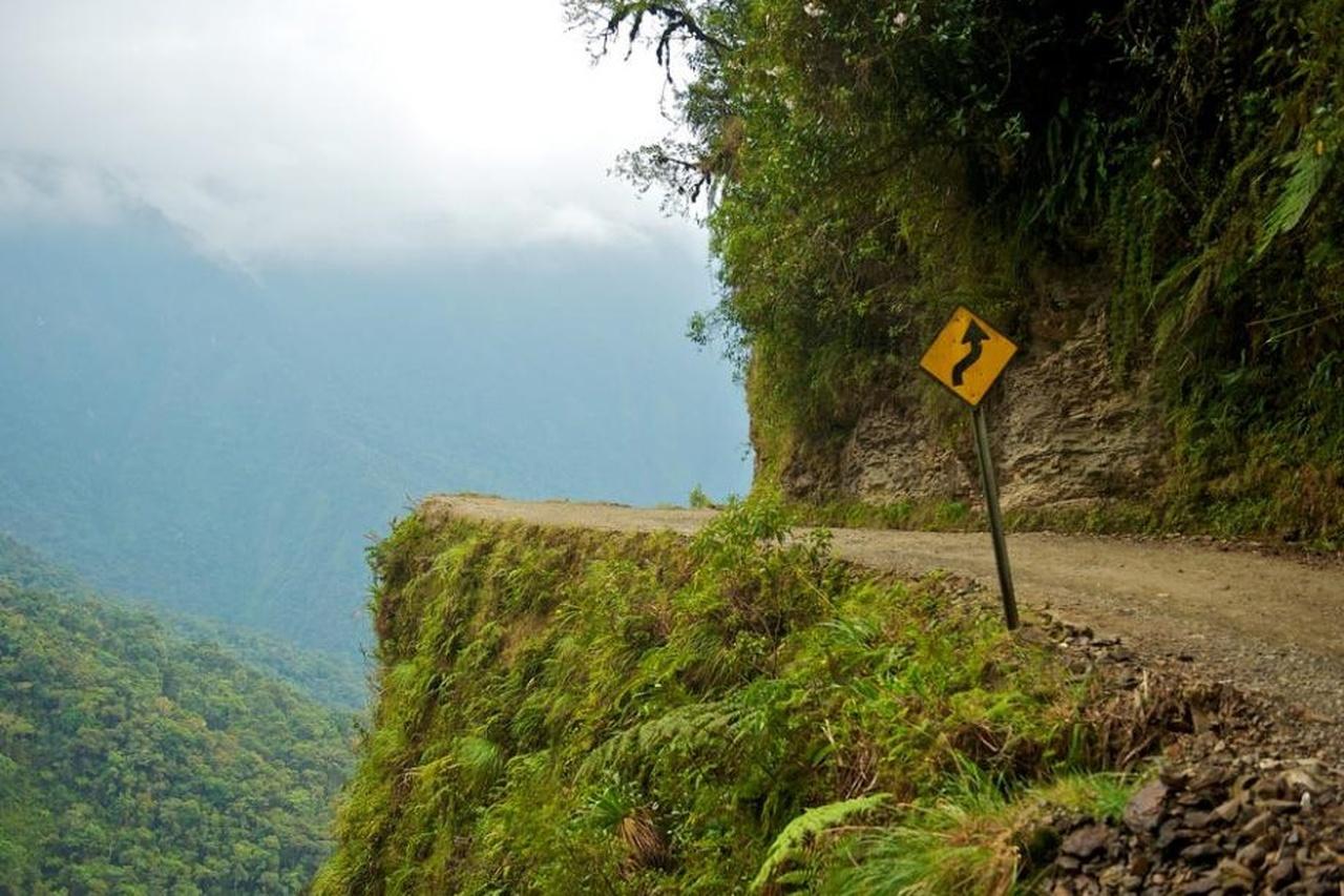 1-جاده یونگاس(North Yungas)، بولیوی