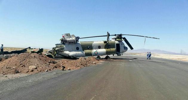 یک فروند بالگرد شینوک ارتش دچار سانحه شد/سرنشینان سالم هستند