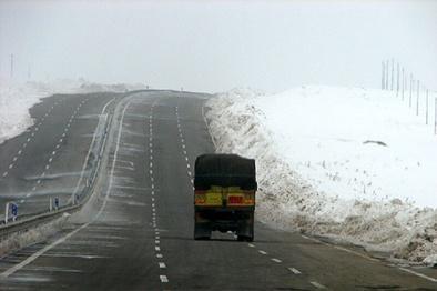 جاده قدیم همدان - ساوه نیازمند ایمنسازی است