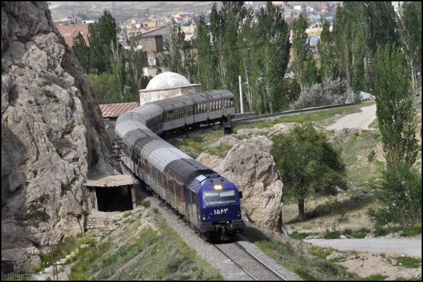 راه اندازی قطار گردشگری تهران – شیرگاه