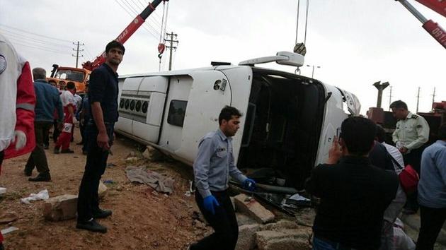 انتشار گزارش اولیه سانحه اتوبوس در محور سعادت شهر – شیراز