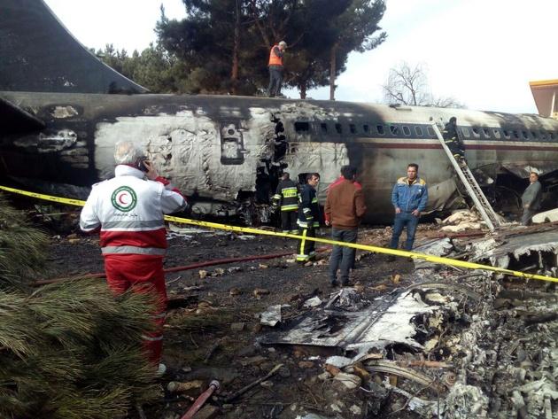 حاشیههای سقوط هواپیمای ارتش؛ از تئوری توطئه تا نگاه غیر اقتصادی