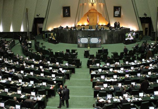 آغاز جلسه علنی مجلس برای بررسی وضعیت استانهای سیلزده