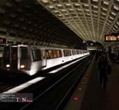 Smoke at Washington DC Metrorail tunnel kills one woman