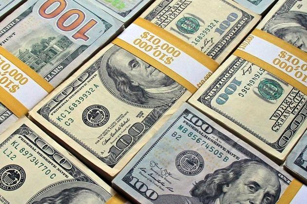 قیمت دلار ۴ بهمن ۱۳۹۹ به ۲۲ هزار و ۵۸۰ تومان رسید
