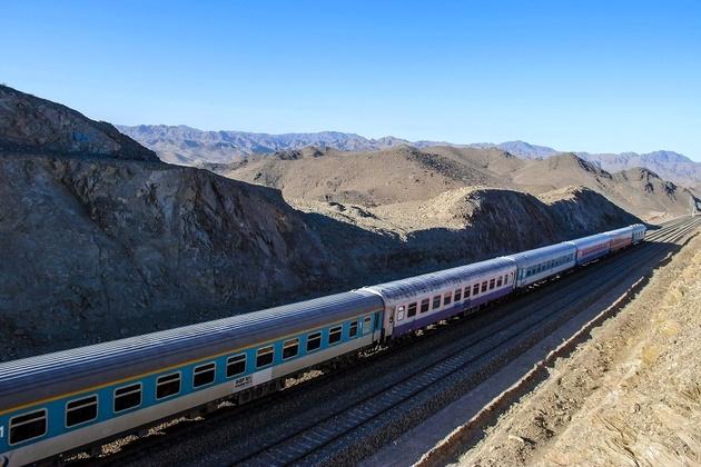 جابهجایی بیش از ۵۷ هزار نفر مسافر در ایام نوروز توسط راه آهن شرق