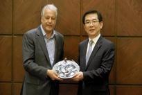 ◄ گزارش تصویری مراسم امضاء تفاهم نامه های همکاری میان شرکتهای ایرانی و کره ای