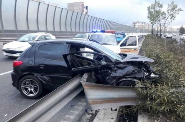 لاییکشی ۲۰۶ در تهران حادثه آفرید