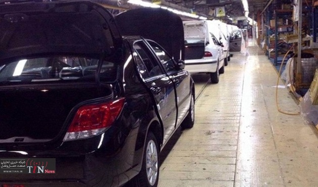 ورود شرکتهای خارجی خودروساز به کشور نباید چراغ خاموش باشد