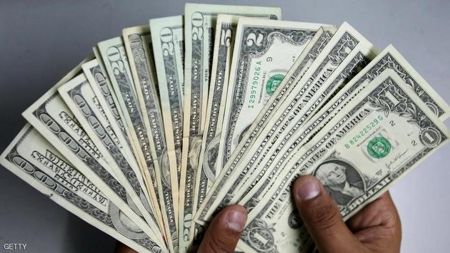 صرافان: مجمع تشخیص «پالرمو» را رد کند دلار ترمز میبرد
