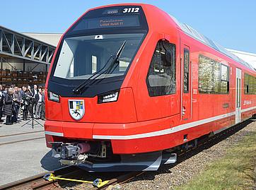 Capricorn EMU unveiled by Rhätische Bahn and Stadler