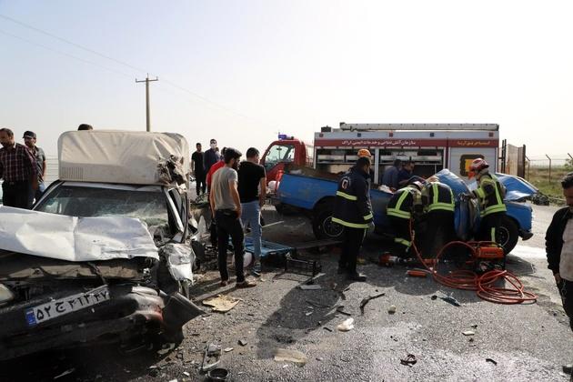 برخورد چهار دستگاه خودروی باربر در اراک ۲ کشته برجا گذاشت