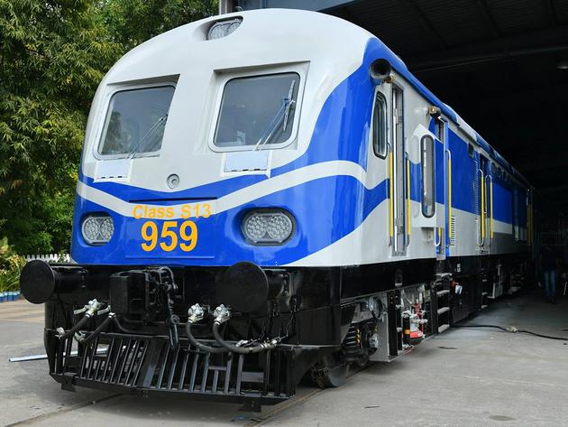 ICF unveils Sri Lanka Railways diesel-electric multiple units
