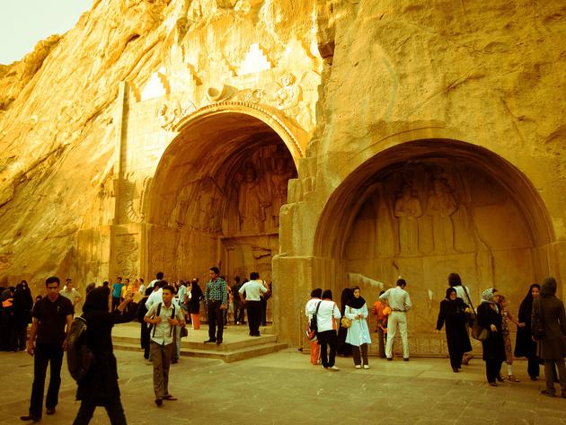 جابهجایی ۲۸۰۰ گردشگر نوروزی با تور رایگان تاکسیرانی در کرمانشاه