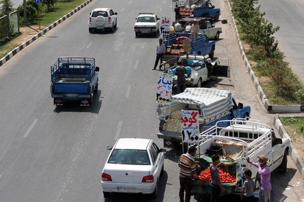 اجرای طرح برخورد با فروشندگان سیار در حاشیه جادههای تهران