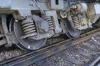 یک واگن از ریل خارج شد/تلفاتی نداشت/ قطار به سیر ادامه داد
