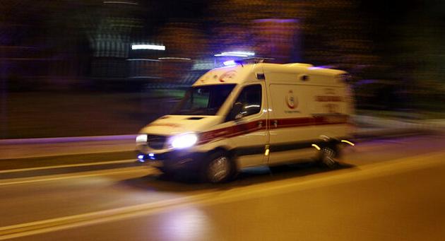یک کشته و ۱۰ مصدوم در پی تصادف سمند و پژو