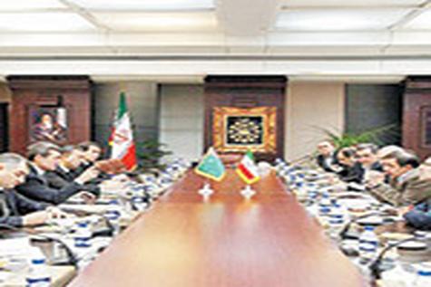 حمل ۱۰ میلیون تن بار از طریق راهآهن ایران - ترکمنستان