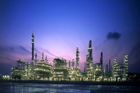 دلواپسان نفتی و سال امضای نخستین قراردادها