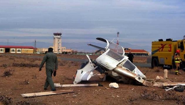 جزئیات سقوط یک هواپیمای نظامی در نزدیکی فرودگاه امام