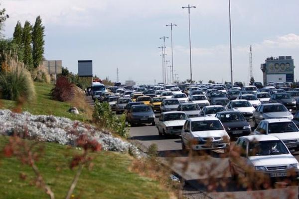 جاده ها شلوغ شد