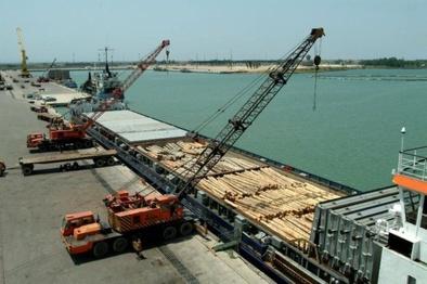 بهره برداری از ۴ پروژه سرمایه گذاری بندرامیرآباد