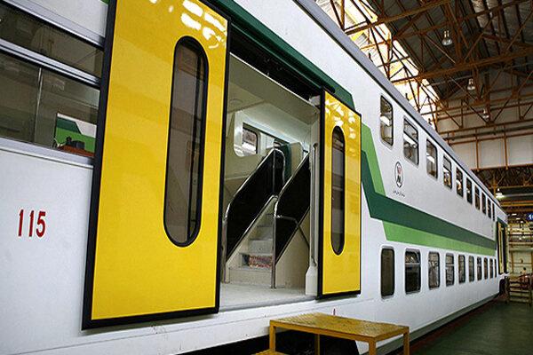 قطار دو طبقه تهران ساوه وارد ریل شد