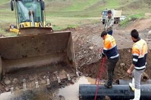 بازسازی و بازگشایی راه سه روستا بعد از تخریب سیل در کوثر