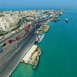 پهلوگیری کشتیهای 50 هزار تنی در بوشهر