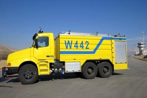 تعمیر و بازسازی یک دستگاه خودرو پشتیبان در فرودگاه سنندج