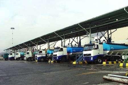 انتقاد رانندگان نفتکش از بخشنامه جدید شرکت پخش فرآوردههای  نفتی