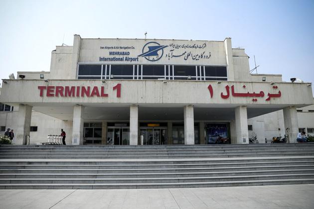 فرودگاه مهرآباد، زمستان را با طوفان خبری آغاز کرد