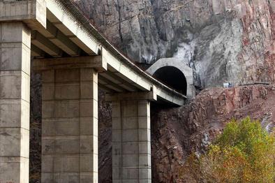 خط آهن قزوین - رشت راهی برای هموارسازی مسیر توسعه